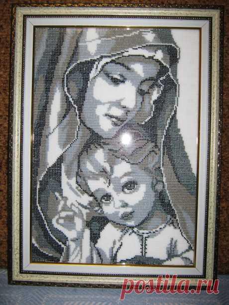 Мадонна с ребёнком.(вышивка бисером)