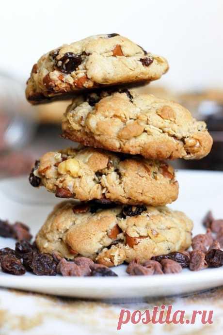 Как приготовить овсяное печенье с корицей, изюмом и орехами - рецепт, ингридиенты и фотографии