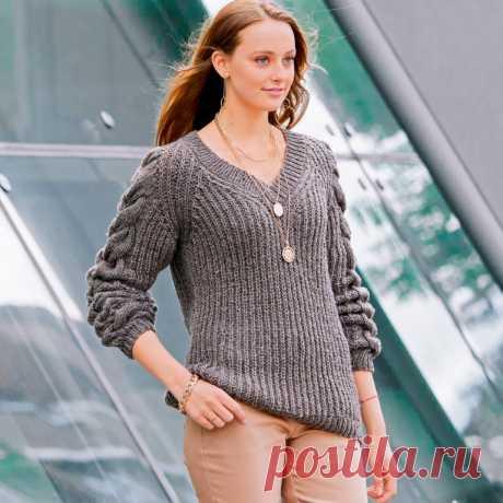 Пуловер с косами на рукавах (Вязание спицами) – Журнал Вдохновение Рукодельницы