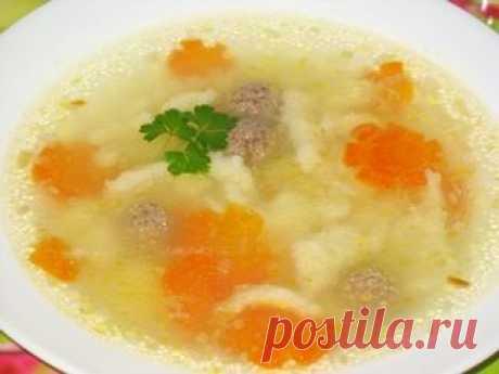Суп с клёцками Регулярно появляются просьбы выложить рецепт подобного супа. Раньше я рассказывал, как готовить клёцки. Однако с тех пор многое изменилось (дети подросли и кушать мы стали