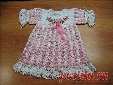 Мастер-класс по вязанию крючком летних платья для девочки от 3 лет своими руками с пошаговым описанием и фото.