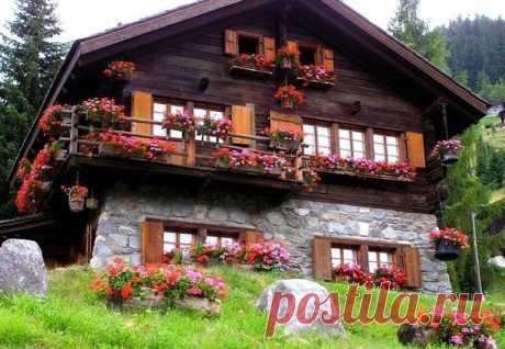 Picturesque village of Griments, Switzerland - We travel together
