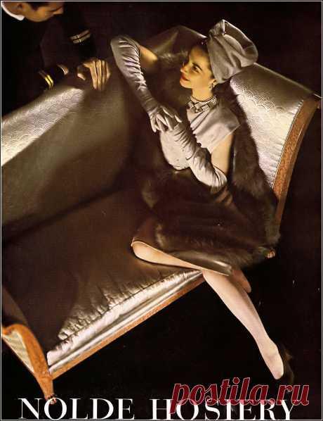 Nolde Hosiery ad, Harper's Bazaar, December 1944
