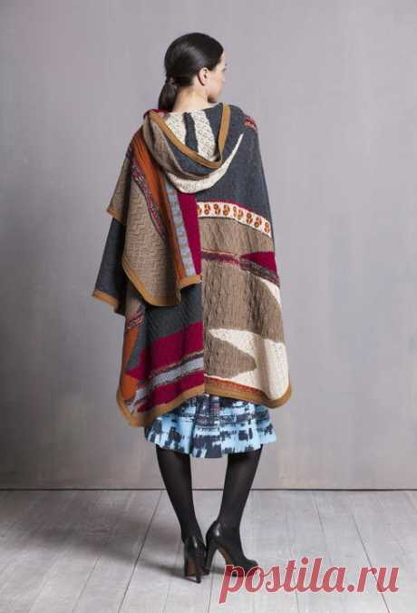 Poncho, Intarsia Pattern - | Ivko Woman