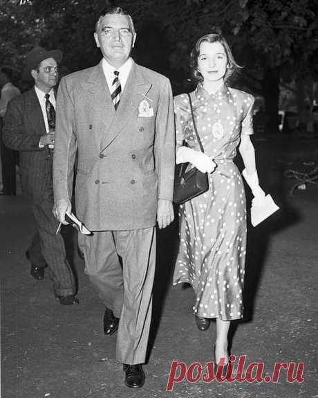 Ли с отцом, любимцем дам, Джеком Бувье