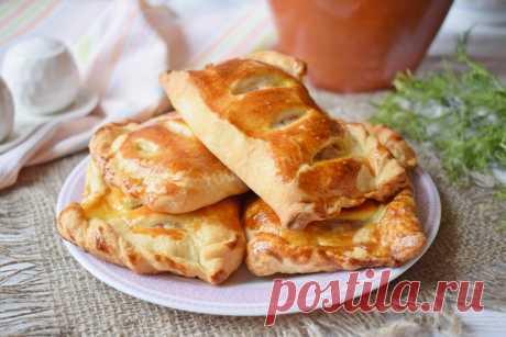 Пирожки с мясом из слоеного теста в духовке рецепт с фото пошагово - 1000.menu