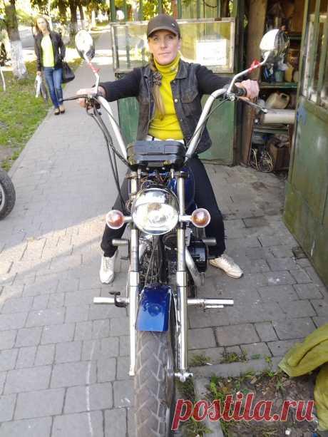 Моя Оксана Этот двигатель стоял на моем байке при поездках в Польшу и Турцию. С коляской, груженый брал 4.5 л. на 100 км.