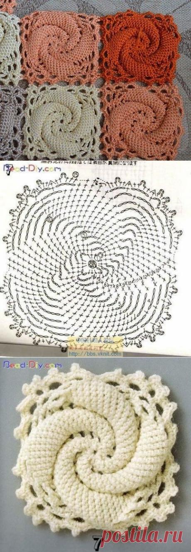 Квадрат с выпуклой спиралью
