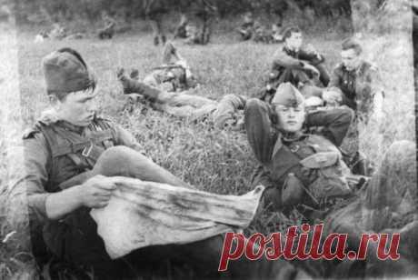 5 причин, почему в советской армии портянки были популярнее, чем носки