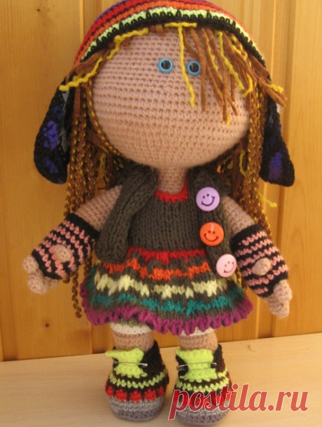 Вязаная кукла Малышка в растаманском наряде. Baby in a rastaman dress by Nady Strakovskaya.