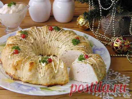 Куриное суфле в духовке  источник Лучшие рецепты Повара   Куриное суфле в духовкеДля суфле возьмите самую нежную часть курицы, измельчите её. Добавьте тертый картофель, взбитый белок, желток и хлеб, вымоченный в молоке. Полу…