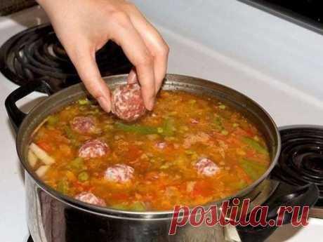 Суп с фрикадельками. Самый любимый! Дети обожают! Вам потребуется: Для супа: 400 г говядины для супа (с...