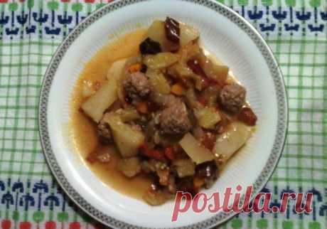 Овощное рагу с фрикадельками Овощное рагу с фрикадельками - пошаговый кулинарный рецепт приготовления с фото, шаг за шагом.