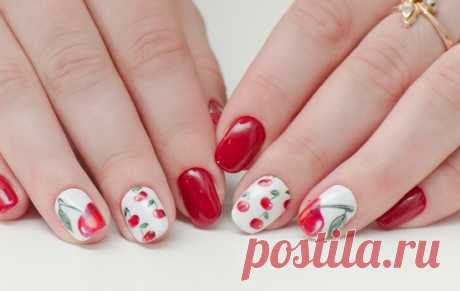 Маникюр с вишней: 23 идеи и фото красивого дизайна ногтей с вишнями на лето.