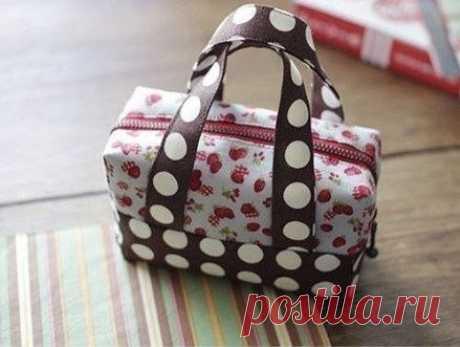 Шьем сумочку-чемоданчик. Мастер-класс. / Модное Настроение