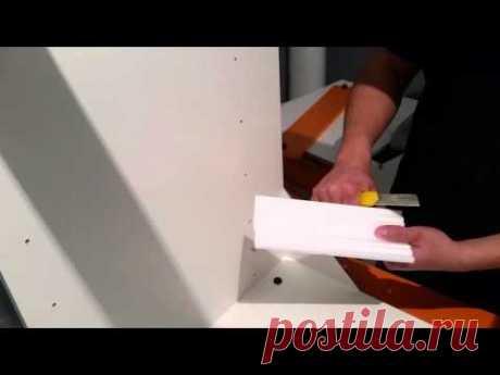 Делаем ровный уголок из потолочного плинтуса без спец.инструмента