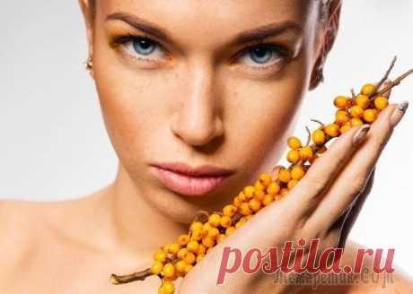Облепиховое масло: особенности применения для лица и волос