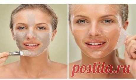 Желатиновые маски против морщин.  Вы наверняка уже слышали, что именно желатин, благодаря своему стягивающему эффекту, салоны красоты используют в «механических» масках для подтягивания кожи щек и второго подбородка.  Также желатин и…