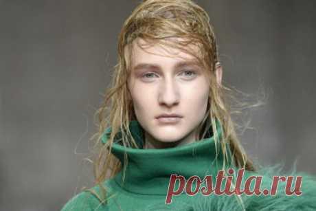 3 faltas en circulación con los cabellos, que le privan de la cabellera lujosa | la Belleza salvan el mundo