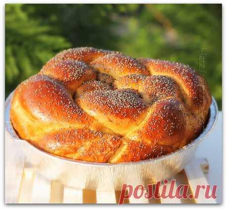 La trenza de miel. Cuecen a la fiesta De Rosh-ha-Shana (el Nuevo año hebreo). Fresco, pomposo. Perfumado, mmm... Comería tal cada día.