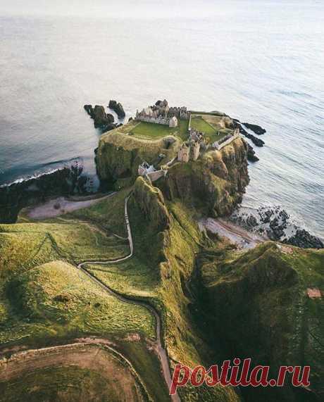 Замок Данноттар, Шотландия