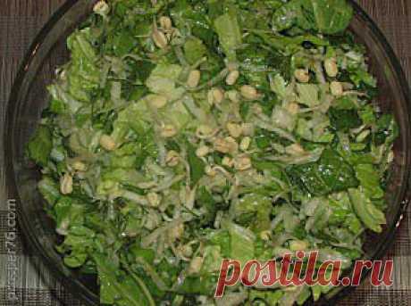 Салат из проросшего маша | prosper76.com  В данной статье хочу поделиться рецептом салата из проросшего маша. Данный салат очень полезный в зимнее время, когда уменьшается поступление в организм витаминов и минералов. А ингредиенты которые в ходят в состав салата содержат в своем составе витамины С, В1, В2, В6,  РР, А, а также минеральные соли – калий, кальций, фосфор, медь, железо, магний и много других полезных микроэлементов.