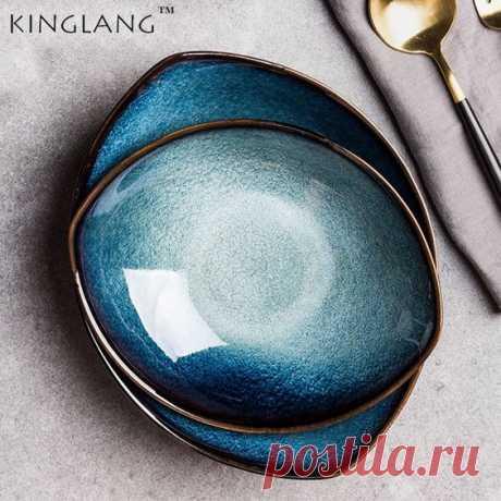Керамические глубокие тарелки красивого сложного синего цвета