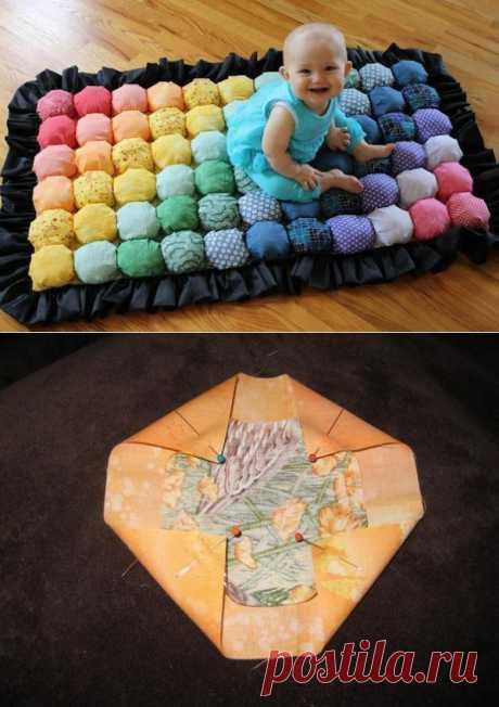 Мягкий коврик для малыша в детскую