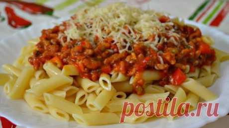 Вкусные подливы к макаронам: топ-4 простых рецепта
