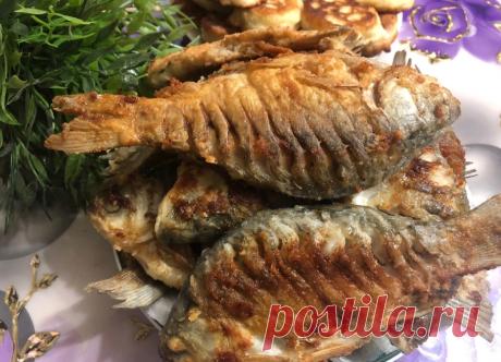 Папа научил жарить рыбу по-новому, и рыба без костей получается и кухня чистая (делюсь рецептом) | Вязание и Рукоделие | Яндекс Дзен