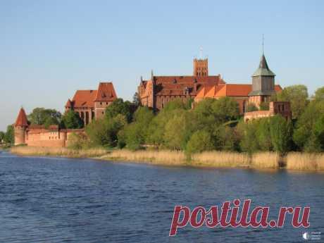 Мальборк - грандиозный рыцарский замок