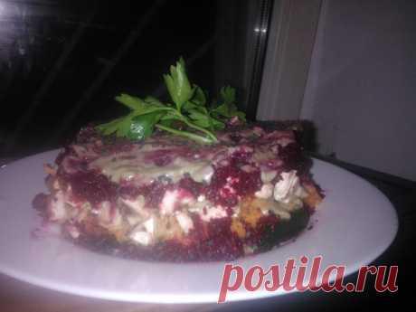 Сыроедческий салат «Водоросли под шубой»