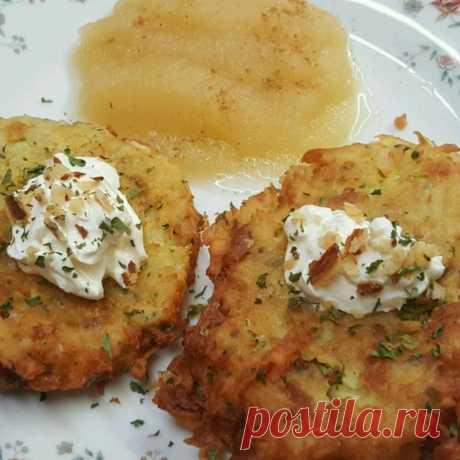 Немецкие драники (картофельные оладьи) рецепт с фото пошагово Немецкие драники (картофельные оладьи) - пошаговый кулинарный рецепт приготовления с фото, шаг за шагом.