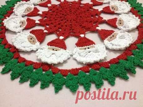Centro de Mesa de Papai Noel crochê  - Professora Maria Rita