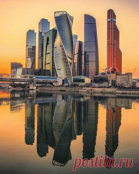 Крутой кадр Москвы-сити