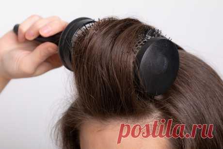 Почему не получается уложить волосы на брашинг, и как этому научиться?   Beauty Insider