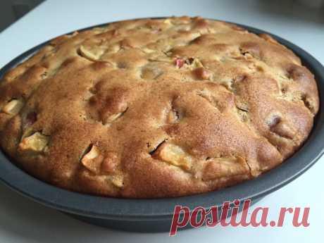 """Бисквитный пирог с яблоками """"Пышка"""" - рецепт с фото пошагово Бисквитный пирог с яблоками """"Пышка"""" - пошаговый кулинарный рецепт приготовления с фото, шаг за шагом."""