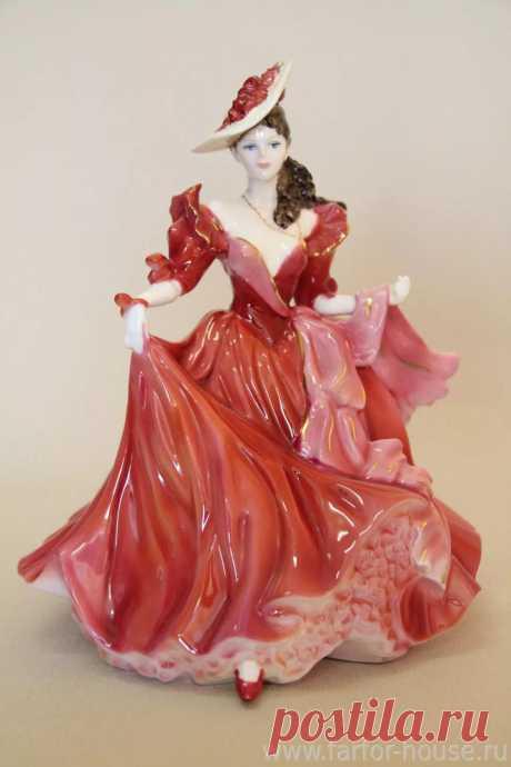 Изящные статуэтки из фарфора
