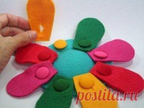 Развивающие игрушки из фетра: книжки, игры, коврики