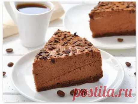 Очень вкусные кофейные пироги  КОФЕЙНЫЙ ПИРОГ С ШОКОЛАДОМ     Самый вкусный и одновременно простой рецепт – шоколадно-кофейный пирог.  Для его приготовления понадобятся:   Муки – 2,5 ст.; Порошка какао – 3 ст. л.; Кофе – 1 стакан…