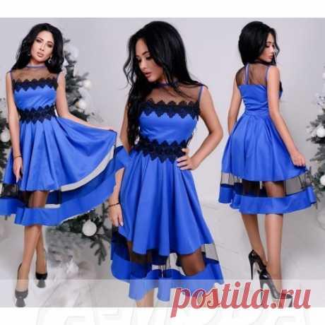 Платье клеш с вставками из сетки и кружевом
