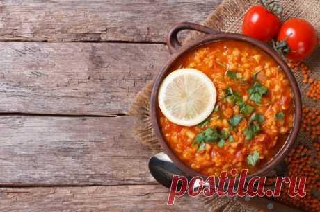 5 рецептов вкусных супов на каждый день На сегодняшний день в мире насчитывается приблизительно 150 основных типов супов, которые подразделяются на более чем тысячу видов. Полезен ли суп? Обязательно ли его есть каждый день?