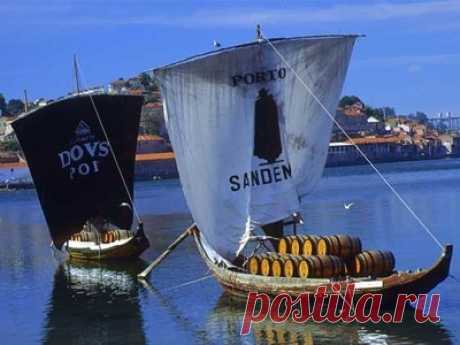 Portugal. Port and Porto - we Travel together