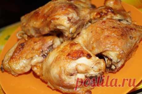 Курица под соусом из маринованных томатов