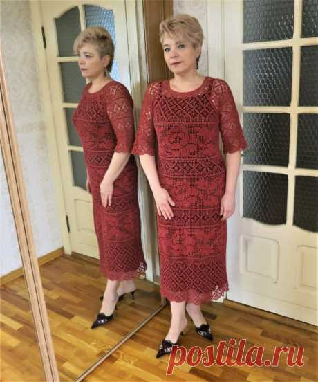 Филейное платье « Коралловые розы»