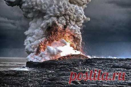 Вулкан на Гавайях.