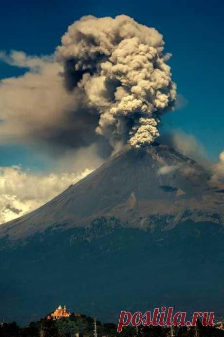 Enantiodromija | Popocatepetl's morning hiccup