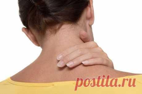 Восемь упражнений против шейного остеохондроза | Сайт для любознательных Первые проявления шейного остеохондроза — боли в спине, головные боли, головокружение, «мушки» в глазах, ухудшение слуха или шумы,...