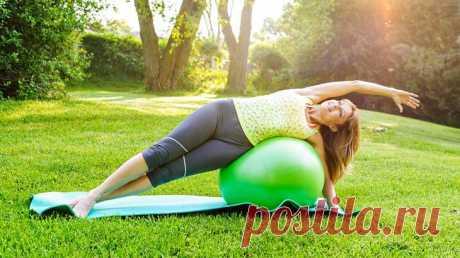 12 растяжек на каждый день, которые на 100% защитят от боли в спине и мышцах