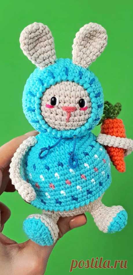 PDF Маленький Зайка крючком. FREE crochet pattern; Аmigurumi animal patterns. Амигуруми схемы и описания на русском. Вязаные игрушки и поделки своими руками #amimore - заяц, зайчик, кролик, зайчонок, зайка, крольчонок.